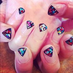 Triangle glitter tips