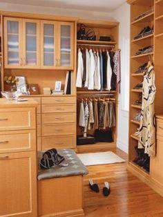Closet and Dressing Room 520x694 10 Luxurious Walk In Bedroom Closet Ideas