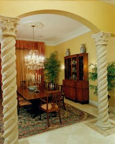 Dining room in a home built by Daniel Wayne Homes, custom home builder in Southwest Florida.