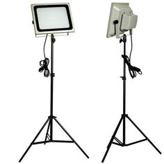 #photography background with lighting stand and flash stand