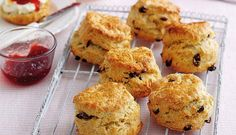 Learn to make traditional British fruity scones with this foolproof recipe from Mary Berry. Enjoy with lashings of jam and cream for a classic cream tea. Mary Berry Scones, Mary Berry Pancakes, Mary Berry Fruit Cake, Mary Berry Biscuits, Fruit Tea, Cream Tea, Baking Recipes, Dessert Recipes, Scone Recipes