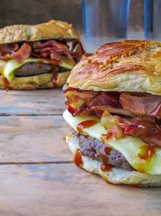 Barbecue, Bacon and Gouda Bagel | Community Post: 19 Bagel Sandwiches You'll Want To Put A Ring On