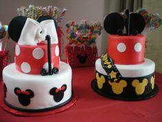 Twins birthday cake Twins Pinterest Twin birthday cakes