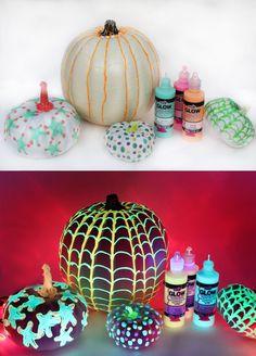 Glow in the Dark Pumpkins | iLoveToCreate