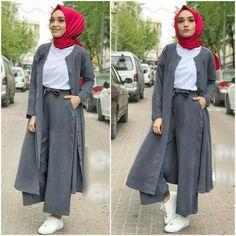 Hijab styles 601863937677265058 - 🌻 Yepyeni tencel takim 🌻 Kap pantolon 🌻 beden 🌻 Gri ve kirmizi 🌻 kargo bedava TB Source by taflium Modern Hijab Fashion, Muslim Women Fashion, Abaya Fashion, Modest Fashion, Girl Fashion, Fashion Dresses, Hijab Style Dress, Casual Hijab Outfit, Casual Outfits