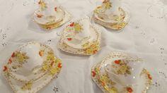 Vintage Cake Stands, Tea Sets Vintage, Sugar, Cookies, Desserts, Food, Crack Crackers, Tailgate Desserts, Deserts