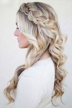 Artistic Bridal Hairstyle for Long Hair
