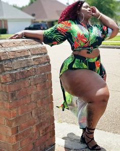 I Love Thick African Women Nice Thighs, Big Hips And Thighs, Big Black Woman, Black Women, Sexy Women, Big Woman, Curvy Women, Plus Size Girls, Plus Size Women