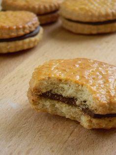 Le biscuit fourré chocolat qui traverse les générations !