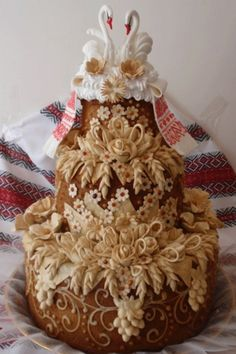 Wedding Bread  Ukraine~ posting under cakes to be found!~  incr-edible!