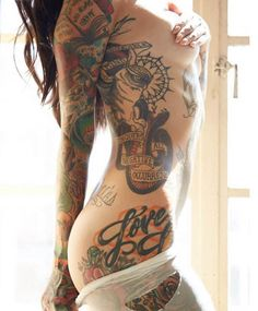 Angela Mazzanti is the kind of woman that stops you dead in your tracks. #inked #model #tattoo #ink #sexy #sidepiece