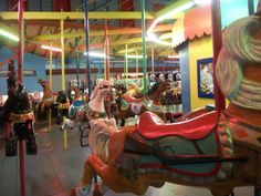 Indoor carousel Sylvan Beach