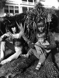 (Diet) Coke and Sympathy: Anita Pallenberg