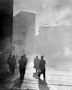 luzfosca:  Corner of Liberty and Fifth Avenues, Pittsburgh,ca. 1940  From University of Pittsburgh / Smoke Control Lantern Slide Collection, ca. 1940s-1950s