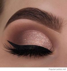 29 Gorgeous Eye Makeup Looks For Day And Evening - eye makeup for blue eyes ,brown eyes , eye shadow Prom makeup -- prom eye makeup or sephora prom makeup Click visit above for more options Evening Eye Makeup, Prom Eye Makeup, Makeup Eye Looks, Glitter Eye Makeup, Nude Makeup, Blue Eye Makeup, Eye Makeup Tips, Smokey Eye Makeup, Eyeshadow Makeup
