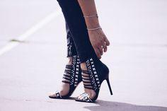 #fashion #shoes BLACK AND WHITE OUTFIT FASHION BLOGGER ITALIA