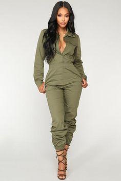 Where's Your Baby Girl Jumpsuit – Camo – fashion nova jeans outfits Camo Fashion, Look Fashion, Winter Fashion, Timeless Fashion, Alternative Mode, Alternative Fashion, Chic Outfits, Fall Outfits, Fashion Outfits