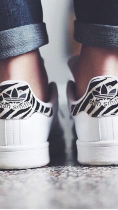 basket basse femme blanche, sneakers sam smith de couleur blanche
