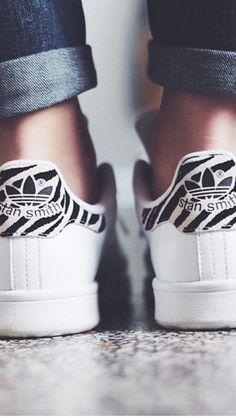 basket basse femme blanche, sneakers sam smith de couleur blanche