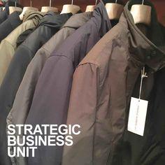 SBU is open on SUNDAY. www.sbu.it Strategic Business Unit, Bomber Jacket, Sunday, The Unit, Jackets, Shopping, Fashion, Down Jackets, Moda