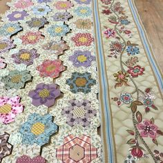 141 Likes, 24 Comments - Di Ford Hall . Hexagon Quilt Pattern, Hexagon Patchwork, Patchwork Patterns, Quilt Patterns Free, Crazy Patchwork, Antique Quilts, Vintage Quilts, Quilting Projects, Quilting Designs