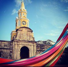 """""""Una postal de la hermosa Cartagena, otro día espectacular que además será histórico. #CumbreAméricas #Colombia"""""""