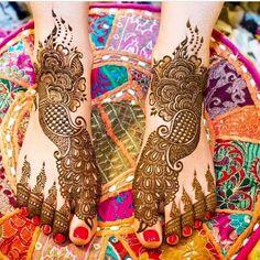 Bridal Mehandi Designs for Legs 9