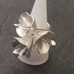 Snow Flower Ring  by Zelda Wong