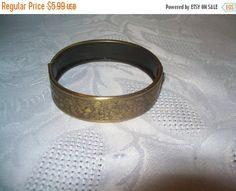 50% off Sale Vintage unique bracelet Beautiful by vintagebyrudi