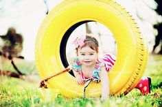 spray paint a tire for some backyard fun! - Wish I could find a tire and had a sturdy tree to hang it on! Love the bright yellow! Toddler Photography, Photography Props, Family Photography, Cute Photos, Pretty Pictures, Baby Photos, Painted Tires, Toddler Photos, Foto Baby