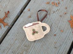 Hey, I found this really awesome Etsy listing at http://www.etsy.com/listing/117226144/felt-ornament-cup-of-hot-chocolate