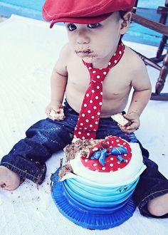 Cake Smash   Iliasis Muniz Photography www.iliasismunizphotography.com Cake smash boy, blue jeans red polka dot tie, smash cake boy blue.