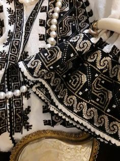 Folk Embroidery, Chanel Boy Bag, Folklore, Cross Stitching, Snake, Shoulder Bag, Costumes, Traditional, Bags
