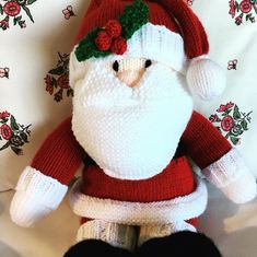 Upload your finished projects, keep track of current projects and seek support from other community members from around the world! Christmas Knitting Patterns, Crochet Patterns, Yarn Winder, Universal Yarn, Crochet Fall, Plymouth Yarn, Cascade Yarn, Yarn Bowl, Paintbox Yarn