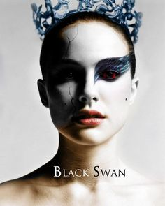 Swan Black Swan is a 2010 psychological thriller/horror film directed by Darren Aronofsky and starring Natalie Portman, Vincent Cassel, and Mila Kunis. The Black Swan, Black Swan Film, Black Swan 2010, Black Swan Makeup, Movie Black, Black White, Natalie Portman Black Swan, Movies Showing, Movies And Tv Shows