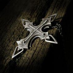 wisior,srebro,krzyż,amulet - Wisiory - Biżuteria w ArsNeo