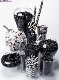 Lickingly-lovely liquorice display. If only that picture was real, 3D and edible.