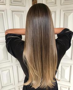Gorgeous Brown Hair Ombre Hair Color For Brunettes balayage brown brownhair brunette Gorgeous hair Brown Ombre Hair, Brown Hair Balayage, Brown Blonde Hair, Balayage Brunette, Ombre Hair Color, Brown Hair Colors, Hair Highlights, Dark Hair, Summer Highlights