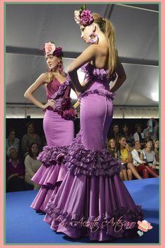Vestidos #flamenca Elena Lisbona finalista novel de @WeLoveFlamenco #modaflamenca