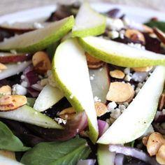 Pear And Gorgonzola Salad - zpizza - Zmenu, The Most Comprehensive Menu With Photos