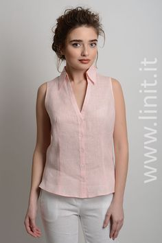 Best 12 Sleeveless linen top with panels and button details – SkillOfKing. Short Kurti Designs, Simple Kurti Designs, Blouse Designs, Kurta Designs, Kurta Neck Design, Sleeves Designs For Dresses, Short Tops, Stylish Dresses, Fashion Outfits