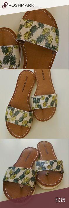 Final Sale❗️Lucky Brand Pineapple Sandals Great summer sandals!???? Lucky Brand Shoes Sandals