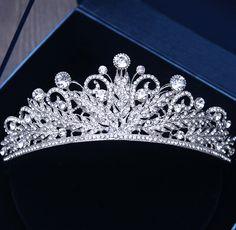 Charm Bridal Tiara Crown Clear Crystal Rhinestones Women Handmade Hairwear Brides Diadem Pageant Party Crowns tiara de noiva, bridal shower, by Comebackshop on Etsy Bridal Hair Tiara, Bridal Crown, Bridal Headpieces, Royal Crowns, Tiaras And Crowns, Royal Tiaras, Diamond Tiara, Tiara Ring, Princess Crown Tattoos