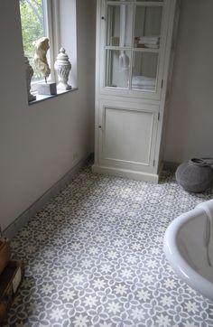 Carreau d'intérieur / de sol / en ciment / aspect bois - La Maestria