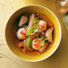 Pilzsuppe mit Fleischbällchen. Beste thailändische Rezepte | MOLLIMAIL.COM