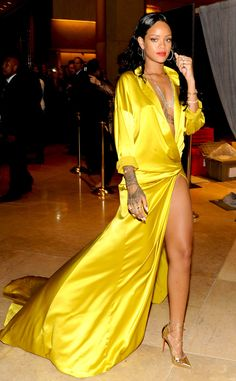 Rihanna Style Outfits Brights Just look at the colour of Rihanna's hair and you instantly know that she loves bright shades. Rihanna has never shied away from wearing neon pinks, bright yello… Red Carpet Dresses, Satin Dresses, Nice Dresses, Silk Dress, Wrap Dress, Robe Silk, Dresses 2014, Party Dresses, Beautiful Dresses