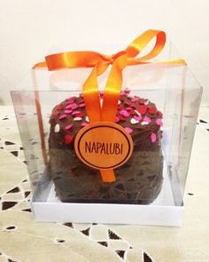 Mini bolo de baunilha e chocolate