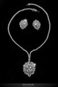Brisa Vintage Royal Cluster Pendant Necklace Set   Cubic Zirconia