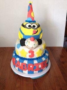 Dispicable Me minion cake!