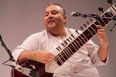 Shujaat Khan, Vilayat Khan style of playing
